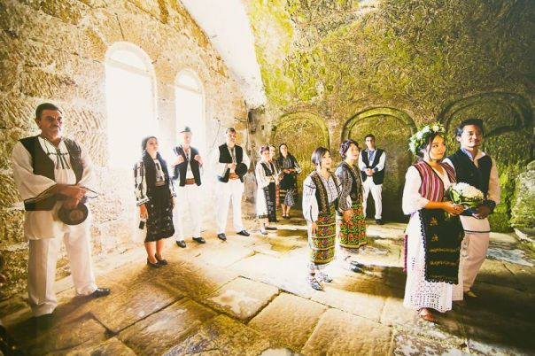 A-different-wedding-in-todays-Romania-5755638b74cf8__880